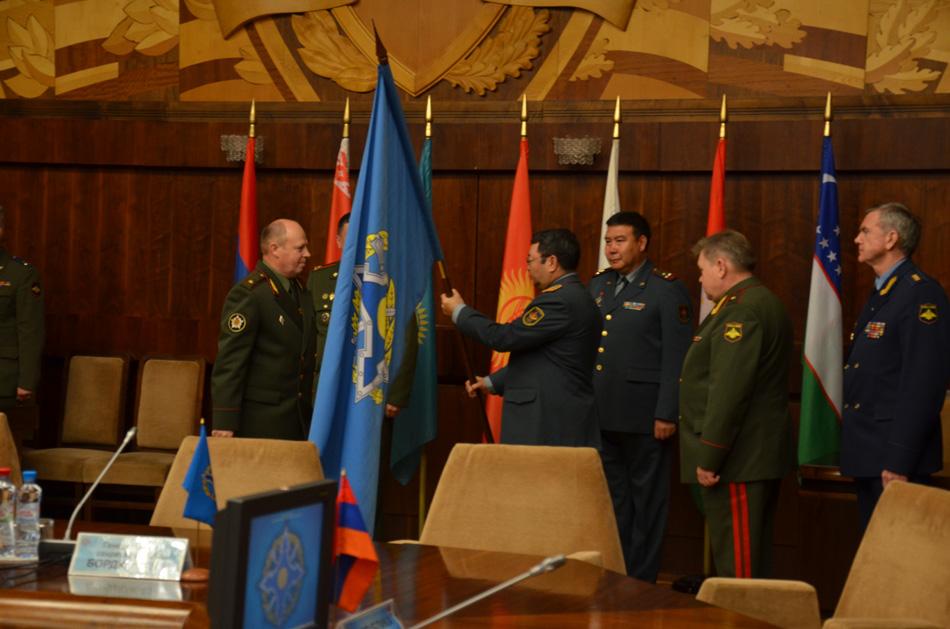 О вступлении в должность начальника Объединенного штаба ОДКБ генерал-полковника С.А.Жасузакова