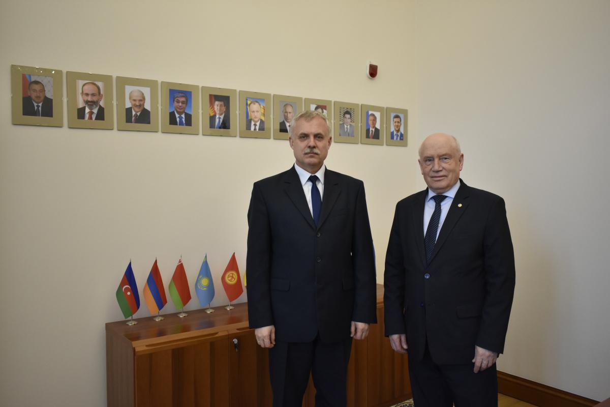 Генеральный секретарь ОДКБ  Станислав Зась встретился с Председателем Исполнительного комитета СНГ Сергеем Лебедевым