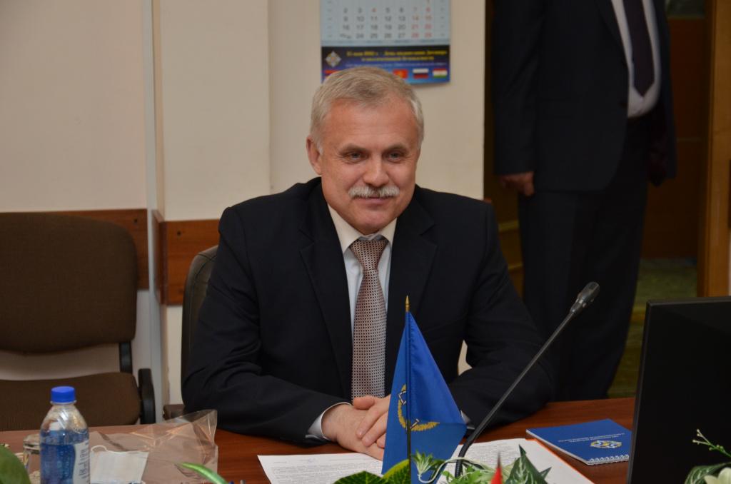 НОВОГОДНЕЕ ПОЗДРАВЛЕНИЕ  Генерального секретаря Организации Договора о коллективной безопасности  Станислава ЗАСЯ