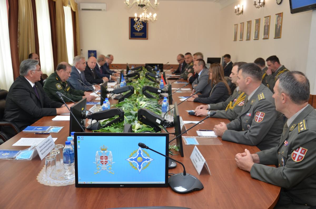 Генеральный секретарь ОДКБ Станислав Зась обсудил сотрудничество в военно-политической сфере с Министром обороны Республики Сербия Александром Вулиным