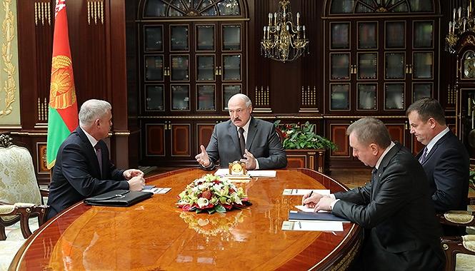 Президент Беларуси Александр Лукашенко  встретился с Генеральным секретарем ОДКБ Станиславом Засем