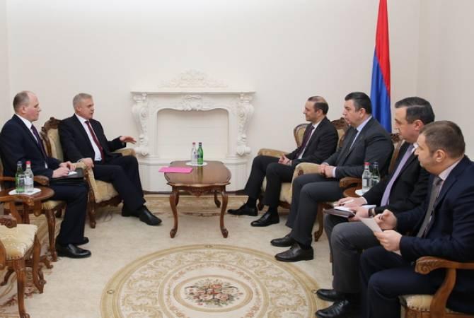 Генеральный секретарь ОДКБ встретился с Секретарем Совета Безопасности Армении