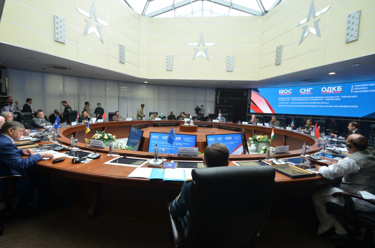 Генеральный секретарь ОДКБ Станислав Зась 4 сентября выступил на совместном заседании министров обороны СНГ, ШОС и ОДКБ