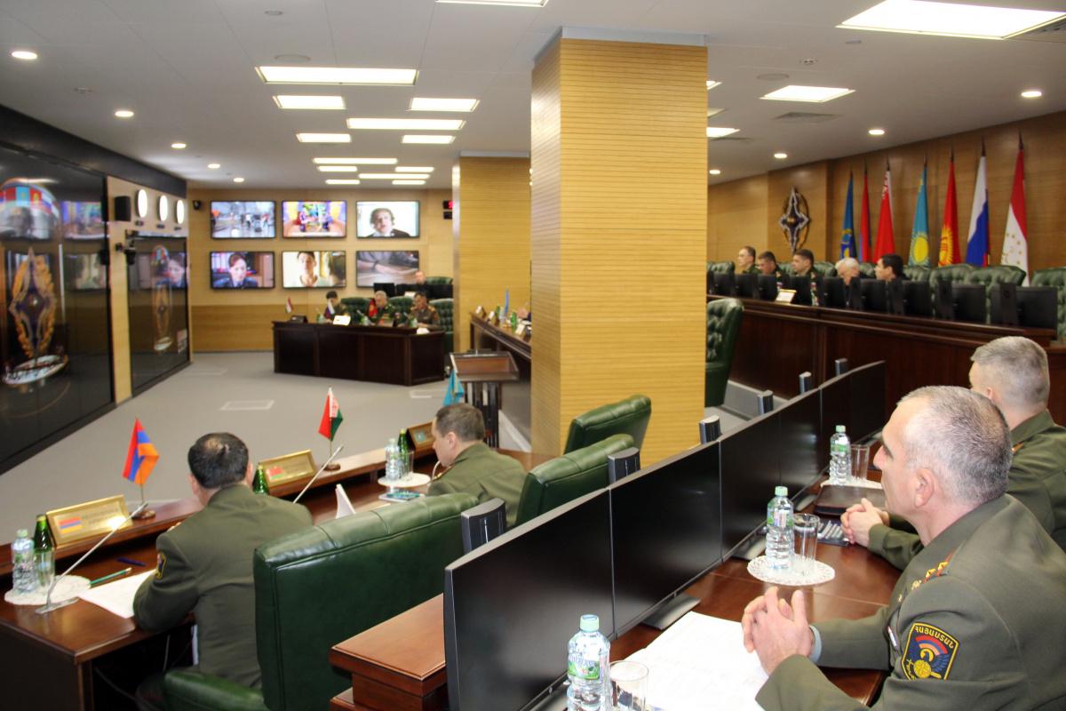 В Объединенном штабе ОДКБ впервые состоялся  сбор представителей оборонных ведомств государств – членов Организации, уполномоченных на взаимодействие  с Центром кризисного реагирования