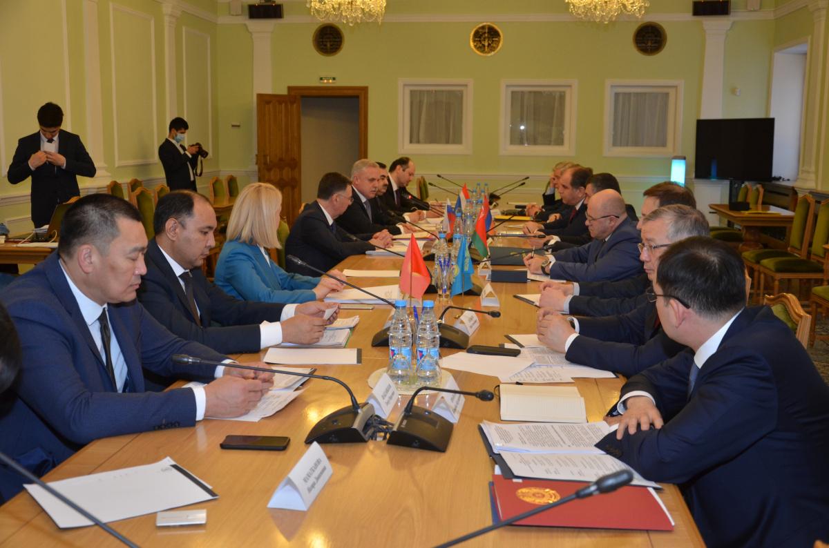 В Москве состоялись очные консультации заместителей министров иностранных дел государств – членов ОДКБ по актуальным вопросам деятельности Организации