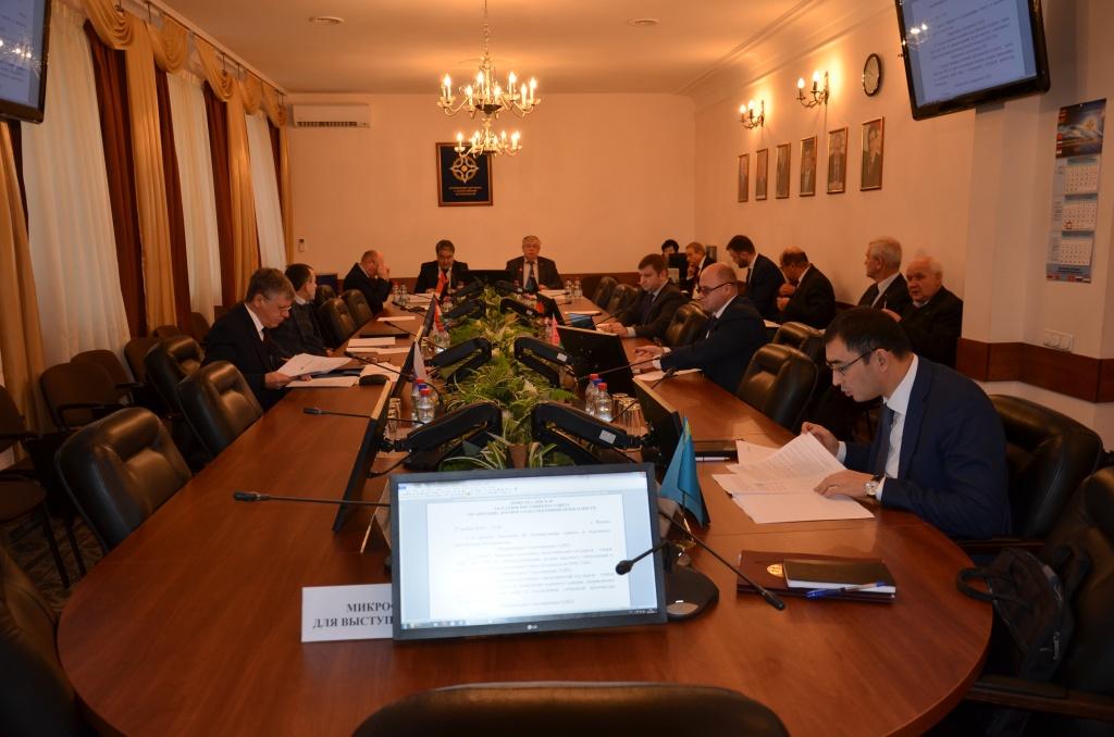 На Постоянном Совете ОДКБ российской стороной представлена информация о нарушении Украиной правил мирного прохода в территориальном море Российской Федерации